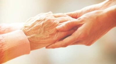 Top Tips When Caring For An Elderly Loved One This Winter