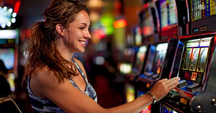 Maximizing Your Real Money Slots Playing Opportunities With Video Slot Machines