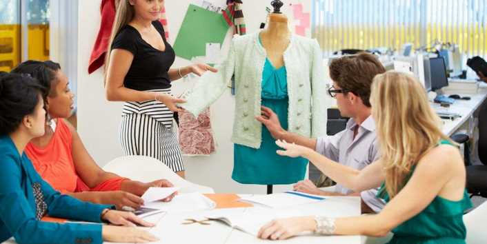 What Qualifications Do I Need To Be A Fashion Designer?